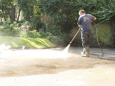cleaning resin driveways